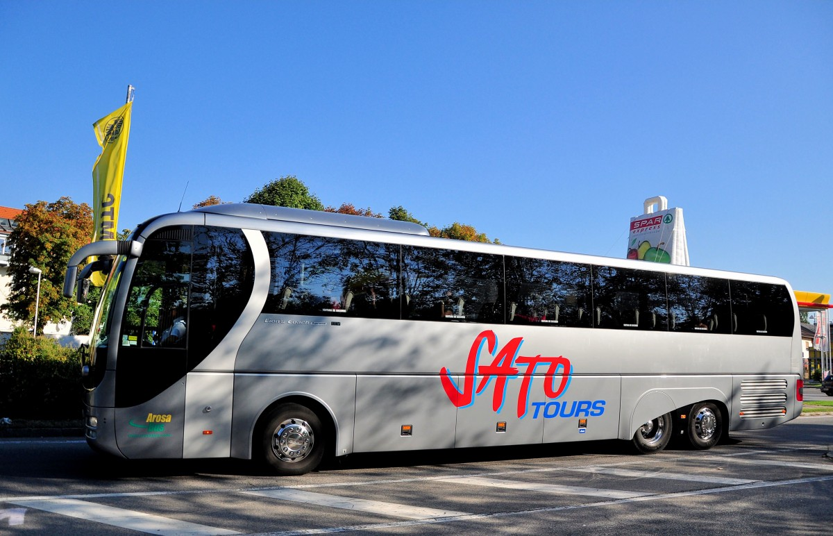 Un bus de Sato Tours